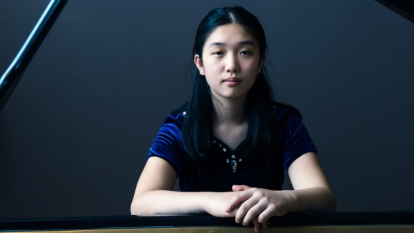 Lauren Zhang - Piano, 2018 Winner